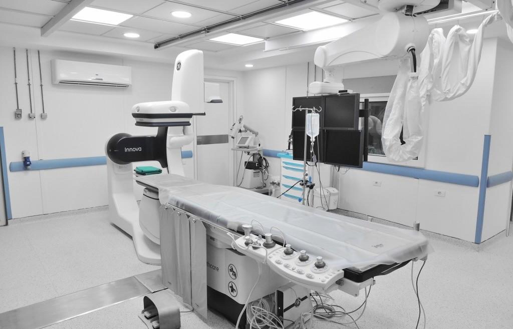 جهاز القسطرة القلبية لعلاج أمراض القلب بدون جراحة